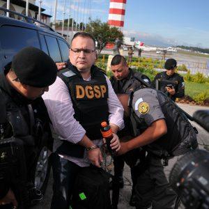 Solicitarán traslado de Javier Duarte a penal federal