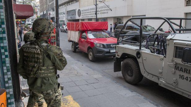 """Personas cercanas a """"El Ojos"""" trabajan en Tláhuac"""