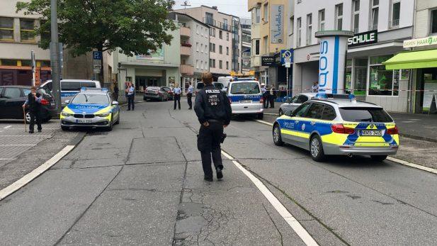 Un hombre apuñala a dos personas en Wuppertal, Alemania