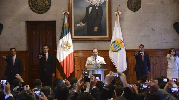 Dictan prisión preventiva a excolaboradora de Javier Duarte