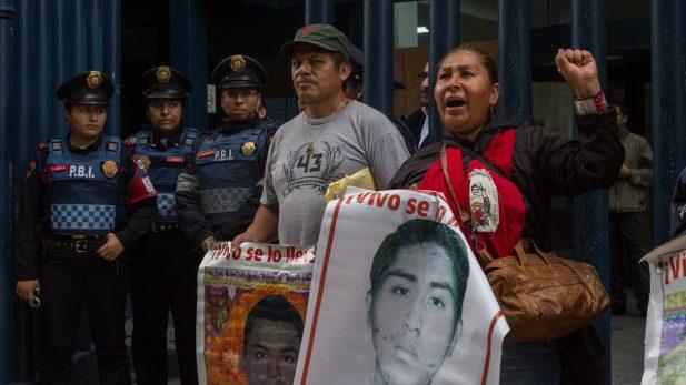 """Tomás Zerón defiende """"verdad histórica"""" de Ayotzinapa"""
