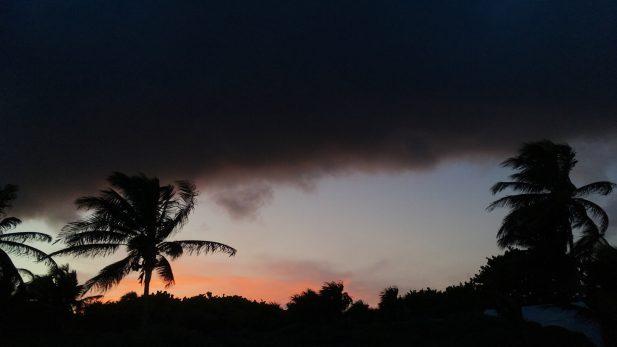 Suspenden clases en Quintana Roo