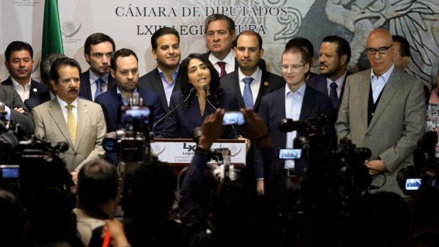 Frente Ciudadano busca eliminar gasolinazo y fuero de funcionarios
