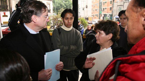 Irrelevante, pago de 32 mdd a Gutierrez Vivó: Radio Centro