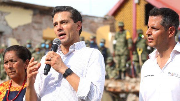 EPN pide ayuda a sector privado para reconstruir Oaxaca y Chiapas