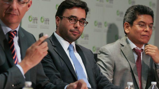 Cinco comisionados buscan presidir IFT
