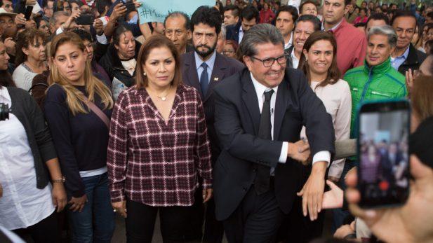 Ricardo Monreal lleva elección interna a tribunales