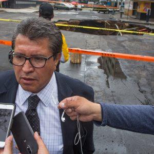Monreal espera respuesta formal de Morena sobre encuestas