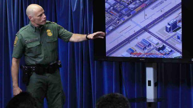 Trump pide a cuatro firmas más, prototipos de un muro vigilante