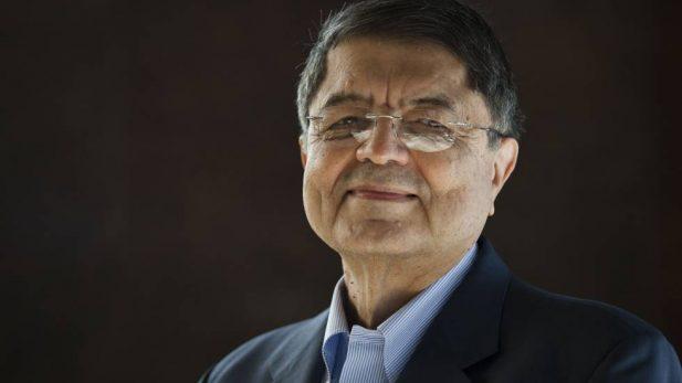 Le otorgan premio Cervantes de literatura 2017 al escritor Sergio Ramírez