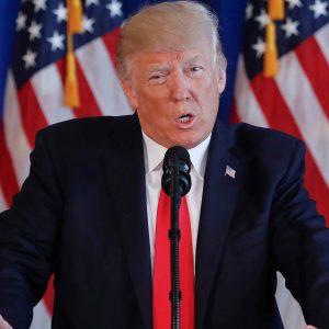 Donald Trump volvió a acusar a NBC y CNN de Fake News