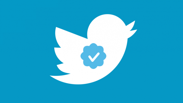 Twitter ha suspendido temporalmente la verificación de cuentas