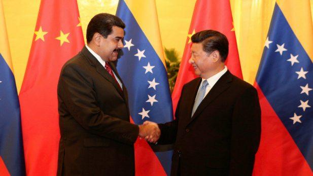 Demanda empresa petrolera china en EU, a su homóloga venezolana
