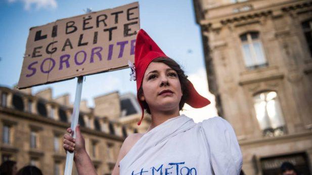 Artistas francesas en picada contra el
