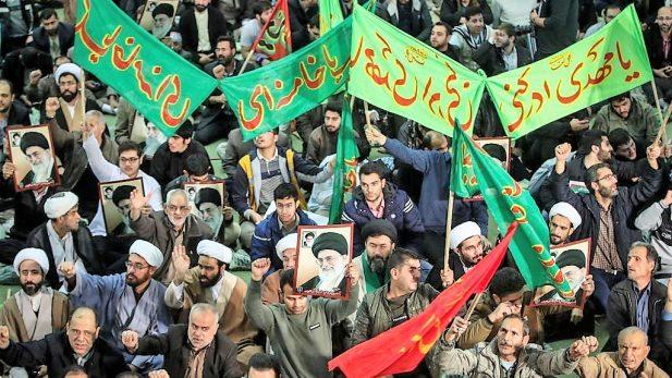 Persisten las protestas callejeras en Irán. Hay nueve muertos más