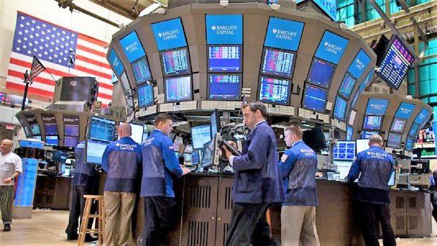 Se hunde Bolsa de Tokio 3.12%, arrastrada por Wall Street