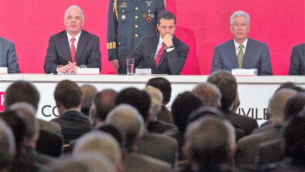 Asegura Peña Nieto que no meterá las manos en el proceso electoral