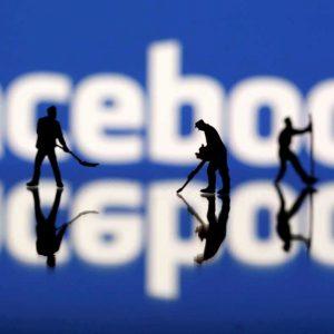 Cambridge Analytica no 'robó'; tomó con permiso de Facebook y usuarios