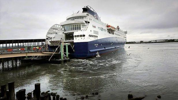 La PGR Descarta Terrorismo o Crimen Organizado en Explosión en Ferry