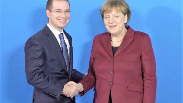 Se reúne frentista Ricardo Anaya con Canciller alemana, Angela Merkel