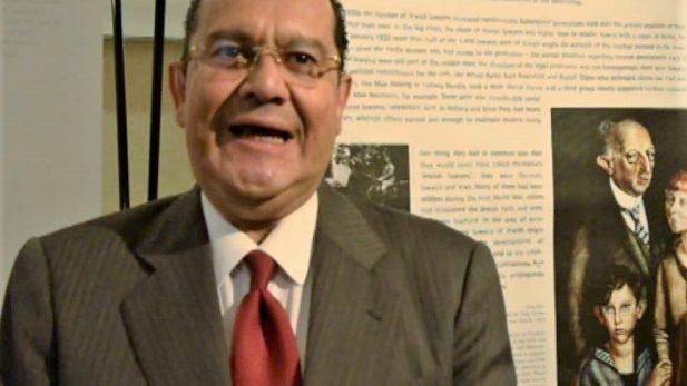 Graban a Díaz León dando garantías a obispo que se reunió con criminal