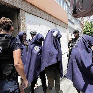 Identifican a asesino de escorts y rescatan 10 víctimas de trata en Nápoles