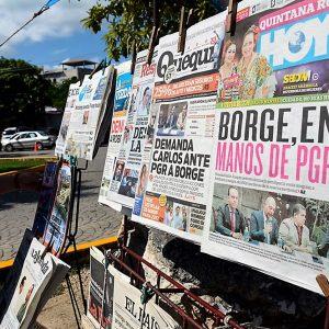 Promulga EPN ley de publicidad oficial pese a rechazo de ONG