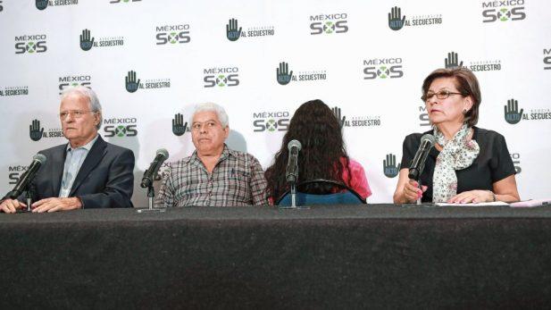 Ratifican víctimas de Nestora Salgado alegatos por secuestro y maltratos