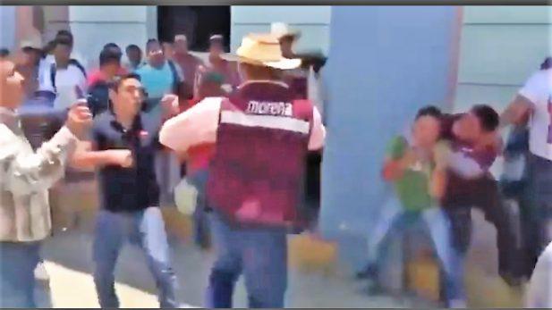 Riña entre morenistas y 2 jóvenes en mitin en Veracruz; culpan a Yunes