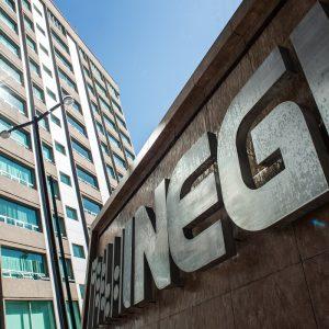 Advierte presidente del INEGI sobre atraso estadístico en México por recortes presupuestales