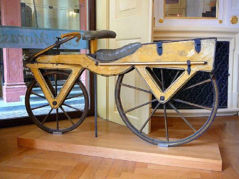 Recomendamos: Hace 200 años de la primera bicicleta: estos fueron los primeros modelos - Etcétera