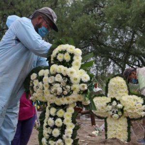Más allá de la catástrofe: 100 mil muertos por Covid-19 en México